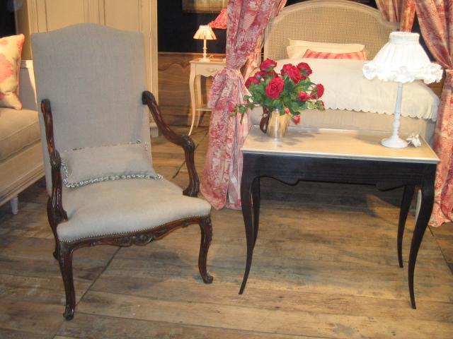 meubles rouchon salon du meuble en 2007 et 2008. Black Bedroom Furniture Sets. Home Design Ideas